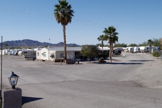 RV parks in Quartzsite offer short and long term stays up to seven months of the year, before the summer heat kicks in. They are quite affordable compared to RV parks in Northern Illinois.