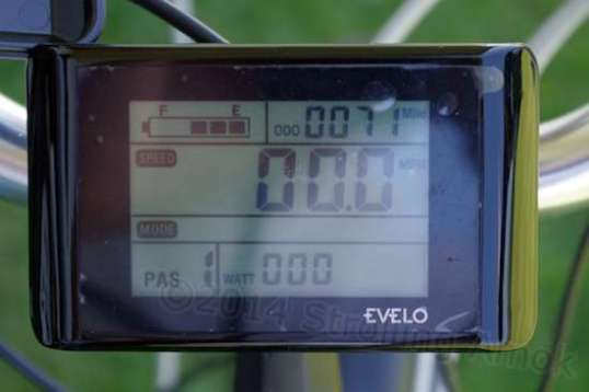"The display again, to highlight the battery level on the upper left, The ""PAS"" pedal-assist level at lower left. The ""000"" at the bottom is the wattage being drawn by the motor at the moment: nothing."