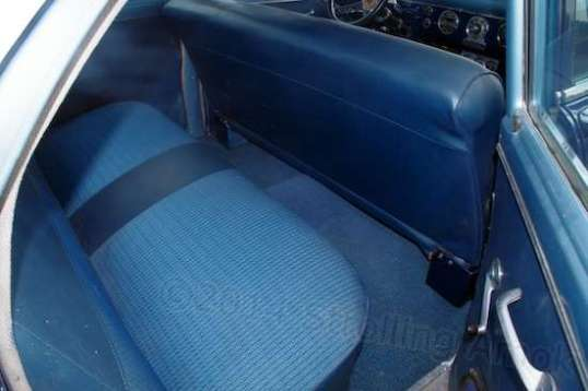Nice, clean upholstery, too.