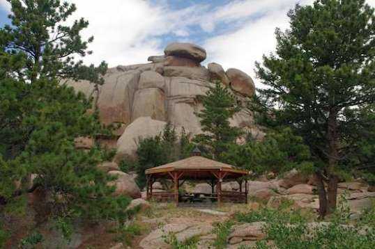 In Vedauwoo, a pavilion with picnic tables allows a scenic refreshment, rain or shine.