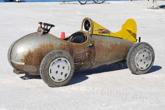 Yes, this mini-belly tank racer is just a toy, and yes, it's cute! Racers of all kinds tend to have a sense of humor.