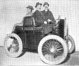 """Two-Seated Motor Carriage"" by Alexander Winton of Cleveland, Ohio. The Winton's utter lack of reliability inspired Packard to enter the business and do it right."