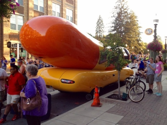 Come on, really, who doesn't like the Oscar Mayer Wienermobile?