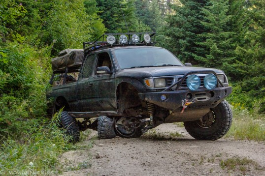 Part of overlanding is to keep up with regular inspections and maintenance. This Toyota Tacoma now poses a major inconvenience, no matter how many parts and tools are onboard.